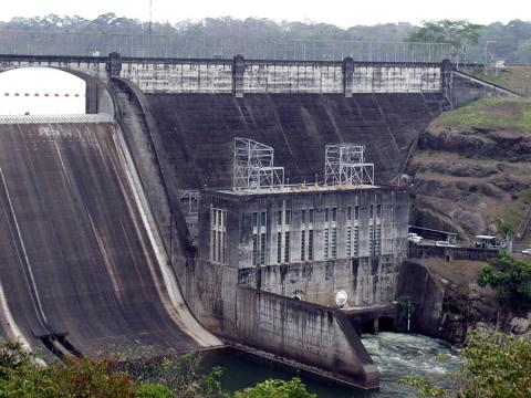 Photos of Madden Dam in Panama