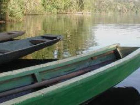 Photo of boats on the Beni River
